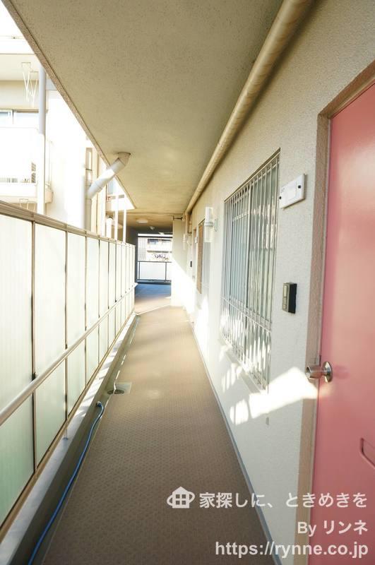 中銀城北パークマンシオンのフロア廊下(エレベーター降りてからお部屋まで)1枚目