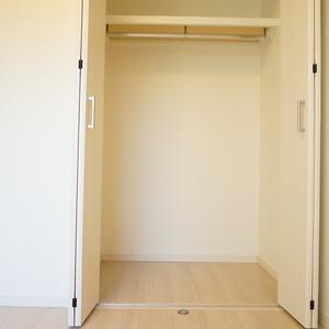 中銀城北パークマンシオン(2階,2380万円)の洋室(2)