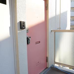中銀城北パークマンシオン(2階,)のフロア廊下(エレベーター降りてからお部屋まで)