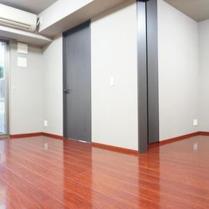 パークハウス中野アーバンス(1階,4780万円)のリビング・ダイニング