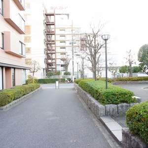 パシフィック小豆沢のマンションの入口・エントランス