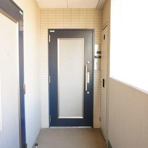 入谷アムフラット2(6階,4780万円)のフロア廊下