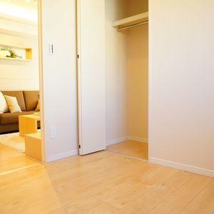 入谷アムフラット2(6階,4780万円)の洋室(2)