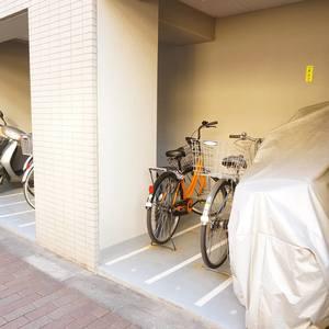 入谷アムフラット2の駐輪場