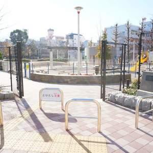 朝日シティパリオ三ノ輪の近くの公園・緑地