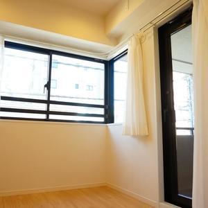 ライオンズシティ浅草(3階,3580万円)の洋室(2)