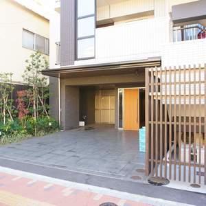 エグザ三ノ輪アヴェニールのマンションの入口・エントランス