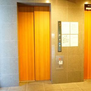 エグザ三ノ輪アヴェニールのエレベーターホール、エレベーター内
