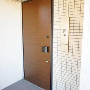 エグザ三ノ輪アヴェニール(4階,4299万円)のフロア廊下