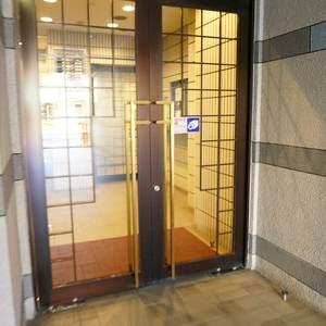 ライオンズマンション根岸東のマンションの入口・エントランス
