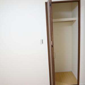 越前堀永谷マンション(12階,3280万円)の洋室(2)