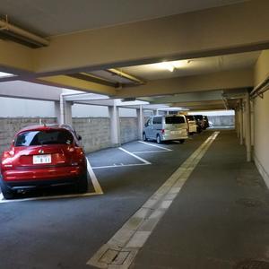 越前堀永谷マンションの駐車場
