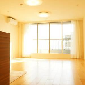 西戸山タワーホウムズノースタワー(24階,7280万円)のリビング・ダイニング