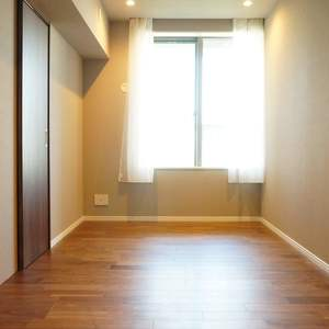 西戸山タワーホウムズノースタワー(15階,6790万円)の洋室