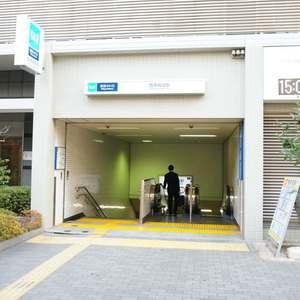 西戸山タワーホウムズノースタワーの交通アクセス