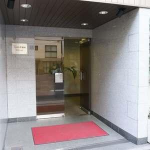 ウェスト早稲田マンションのマンションの入口・エントランス