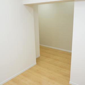ニューハウス浜町(2階,3780万円)の洋室