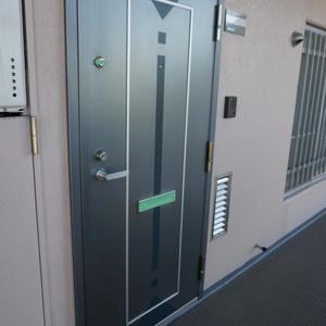 木場サニータウン1号棟(9階,3499万円)のフロア廊下