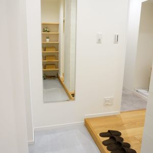 ストークマンション新宿(4階,5580万円)のお部屋の玄関