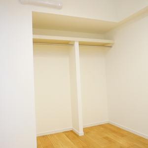 ストークマンション新宿(4階,5580万円)の洋室