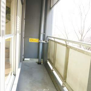 ストークマンション新宿(4階,5580万円)のバルコニー