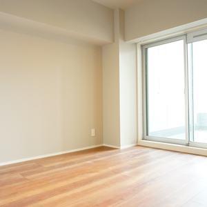 ライオンズマンション南平台(5階,5980万円)の洋室