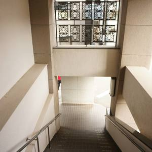 ライオンズマンション南平台のマンションの入口・エントランス