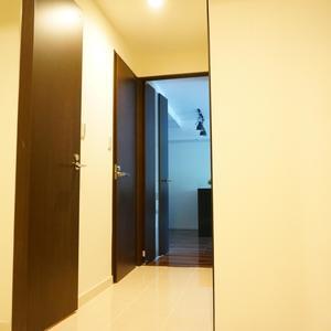 イトーピア渋谷桜ヶ丘(2階,5480万円)のお部屋の廊下