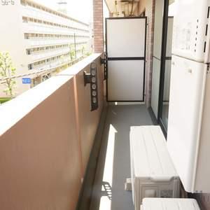 ライオンズヴィアーレ幡ヶ谷(4階,4880万円)のバルコニー