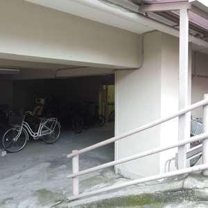 コーポ中野の駐輪場