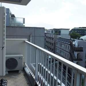 サンビューハイツ渋谷(6階,7380万円)のバルコニー