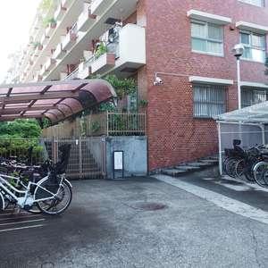 サンビューハイツ渋谷の駐輪場