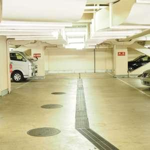 サンビューハイツ渋谷の駐車場