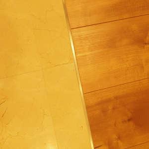 サンビューハイツ渋谷(2階,6280万円)のリビング・ダイニング