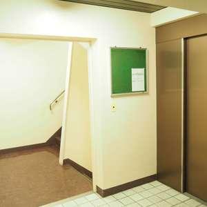 サンビューハイツ渋谷のエレベーターホール、エレベーター内