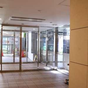 ブランズ文京本駒込のマンションの入口・エントランス