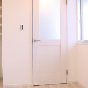 ウェルシャン白山(1階,)のお部屋の玄関