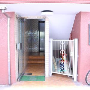 ウェルシャン白山のマンションの入口・エントランス