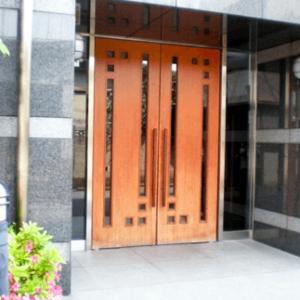 スターロワイヤル中野のマンションの入口・エントランス