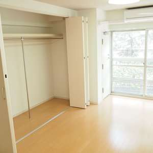 常盤松葵マンション(6階,2800万円)の居間(リビング・ダイニング・キッチン)