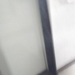 椎名町マンションのエレベーターホール、エレベーター内