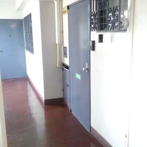 椎名町マンション(3階,3399万円)のフロア廊下(エレベーター降りてからお部屋まで)