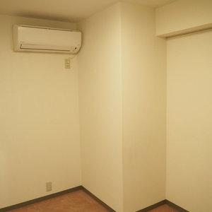 信濃町ハイム(8階,4130万円)の洋室