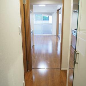 ロジマン御苑(6階,)のお部屋の廊下