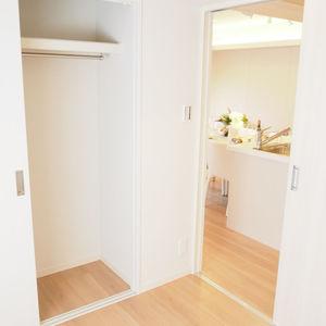 ベラビスタ信濃町(4階,3980万円)の洋室