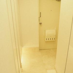 ベラビスタ信濃町(4階,3980万円)のお部屋の玄関