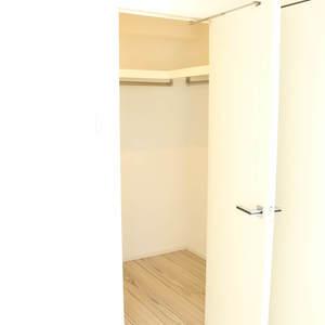 セジョリ駒込(7階,3980万円)のウォークインクローゼット