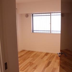 駒込コーポラス(4階,4399万円)の洋室