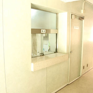 駒込コーポラスのマンションの入口・エントランス