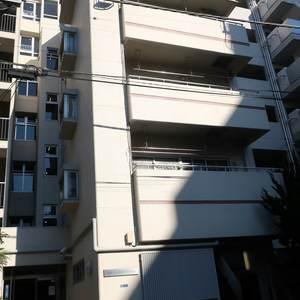 柳橋リバーサイドマンションの外観